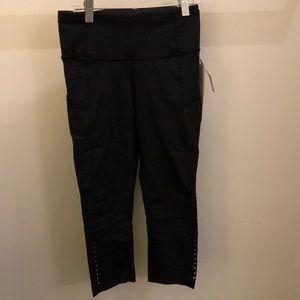 lululemon athletica Pants - Lululemon black Fast and Free Crop, sz 6, NWT